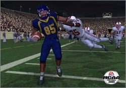 Pantallazo de NCAA Football 2005 para PlayStation 2
